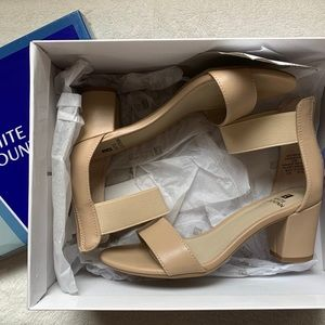 White Mountain Expert Sandal Small Heel Sand 6 NEW